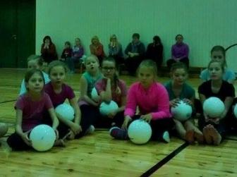 """""""Jalgpall kooli!"""" Siimustis."""